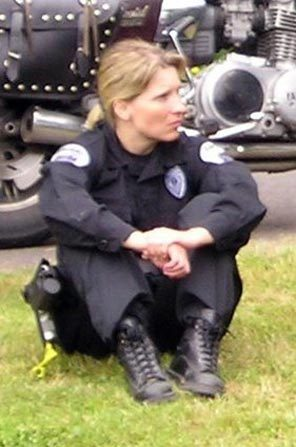 Local News | Lakewood Officer Tina Griswold was a 'ball of fire ...