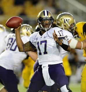 Despite one fumble and one interception, Keith Price had a solid game at quarterback for the Huskies, completing 16 of 29 passes for 235 yards and a touchdown.