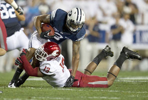 WSU linebacker Darryl Monroe, trying to make a tackle last year against BYU, says attitude matters.