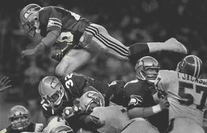 After splitting two meetings with the Broncos during the 1983 regular season, running back Curt Warner and the Seahawks beat Denver decisively in the first round of the playoffs.