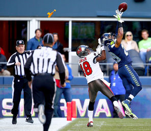 Seattle Seahawks free safety Earl Thomas' physical play turned this interception against the Tampa Bay Buccaneers into a pass-interference penalty.