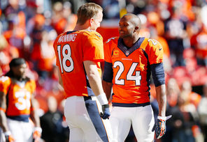 Thanks to Peyton Manning and the Broncos, defensive back Champ Bailey, right, finally reached a Super Bowl in his 15th year in the league.